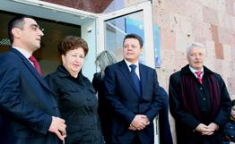 """Банк ВТБ (Армения) открыл модернизированный филиал """"Гюмри"""""""