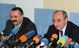 Президент НКР обсудил вопросы сотрудничеств в банковской сфере с главой ЦБ Армении